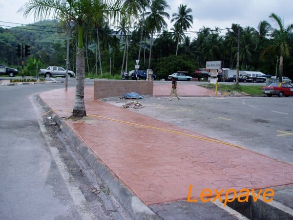Concrete Pavers Walkway And Apron